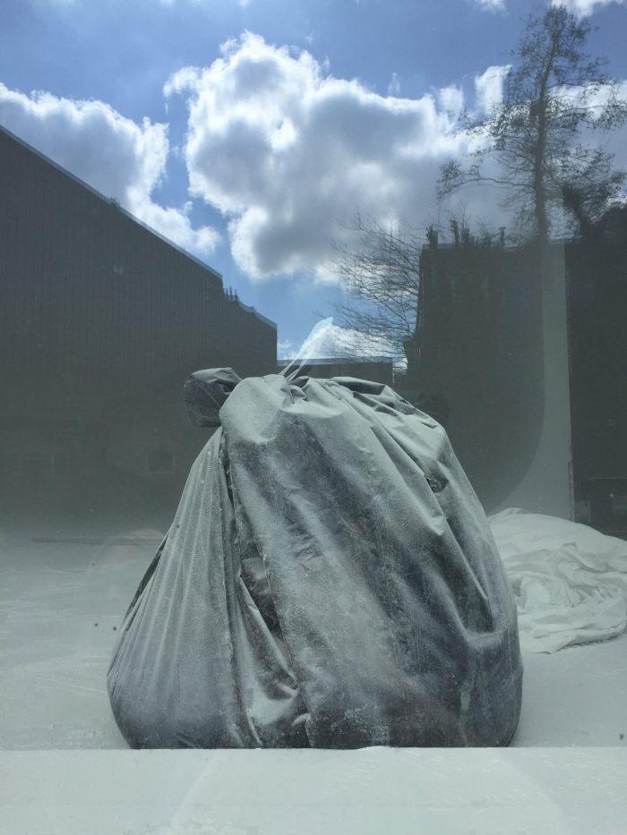 Dust bag.
